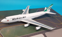 IF7430717 | InFlight200 1:200 | Boeing 747-300 Combi Mahan Air  EP-MND (with stand)