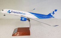 IF350BF001 | InFlight200 1:200 | Airbus A350-900 French Blue F-HREU (with stand)