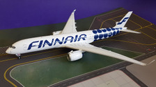 IF350AY001 | InFlight200 1:200 | Airbus A350-900 Finnair OH-LWL, 'Marimekko Kivet' (with stand)