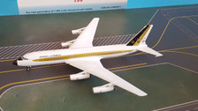 IF8800917 | InFlight200 1:200 | CV-880 General Dynamics N8801E (with stand)