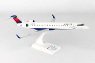 SKR915 | Skymarks Models 1:100 | CRJ900 Delta Connection | is due: September 2017