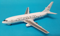 JF-737-2-005 | JFox Models 1:200 | Boeing T-43A USAF 72-0284 (with stand)