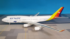 JF-747-4-026 | JFox Models 1:200 | Boeing 747-400 Air Pacific Fiji DQ-FJL (with stand)