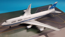 IF744KU1217 | InFlight200 1:200 | Boeing 747-400 Kuwait Airways 9K-ADE, 'Al-Jabriya' (with stand)