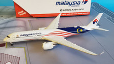 GJMAS1721 | Gemini Jets 1:400 1:400 | Airbus A350-900 Malaysia Airlines 9M-MAC, 'Negaraku'