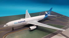 IF3320117 | InFlight200 1:200 | Airbus A330-243 Air Transat C-GTSN (with stand)