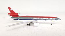 AC19146 | Aero Classics 1:400 | DC-10-30 Northwest N232NW, 'Go Packers!'