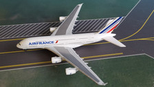 515634-004 | Herpa Wings 1:500 | Airbus A380 Air France F-HPJH | is due: May / June 2018