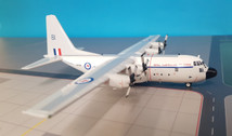 JF-C130-021   JFox Models 1:200   C-130E Hercules Royal Australian Air Force A97-181 (with stand)