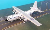 JF-C130-021 | JFox Models 1:200 | C-130E Hercules Royal Australian Air Force A97-181 (with stand)