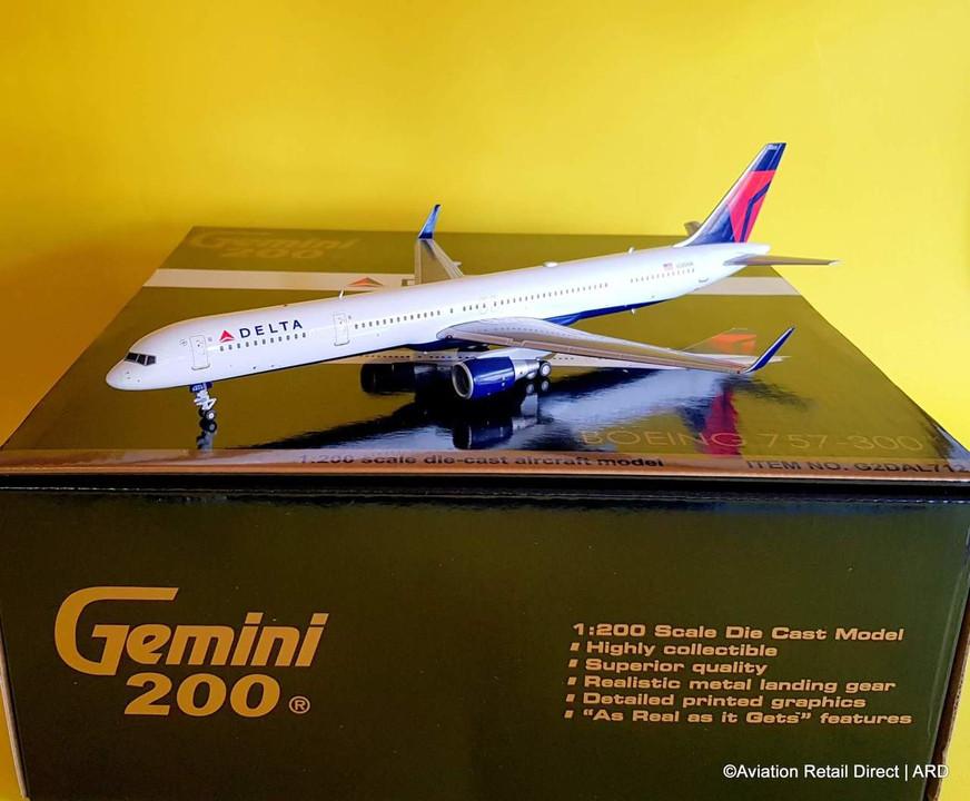 G2dal712 Gemini200 1 200 Boeing 757 300 Delta N585nw Aviation