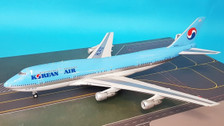 JF-747-3-002 | JFox Models 1:200 | Boeing 747-300 Korean Air HL7470 (with stand)
