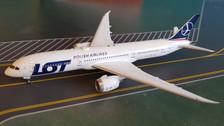 XX4424 | JC Wings 1:400 | Boeing 787-9 LOT SP-LSA