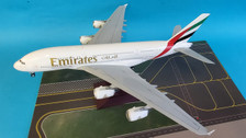G2UAE728 | Gemini200 1:200 | Airbus A380 Emirates A6-EOZ (with stand)