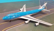 PH04201 | Phoenix 1:400 | Boeing 747-400KLM PH-BFT, 'Panda'