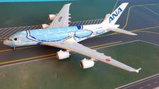 EW4388002   JC Wings 1:400   Airbus A380 ANA JA382A, 'Flying Honu, Lani'