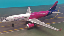 IF320W6001 | InFlight200 1:200 | Airbus A320 Wizz Air HA-LWO (with stand) | is due: November 2018
