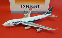 IF742PK0818 | InFlight200 1:200 | Boeing 747-200 PIA Pakistan AP-BAK (with stand)