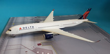 G2DAL753 | Gemini200 1:200 | Airbus A350-941 Delta N502DN (with stand)