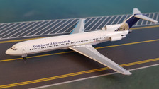 AC419349   Aero Classics 1:400   Boeing 727-200 Continental Micronesia N296AS