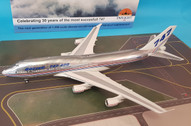 IF744BOEING30 | InFlight200 1:200 | Boeing 747-400 House Colours, 'First Flight' (with stand)