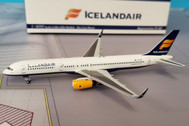 NG53026 | NG Model 1:400 | Boeing 757-200 Icelandair TF-ISF