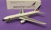 ACN102DAB | 1:400 | Boeing 767-200 Delta N102DA, 'Spirit of Delta'