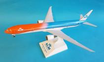 SKR972 | Skymarks Models 1:200 | Boeing 777-300ER KLM, 'Orange Pride' (with gear)