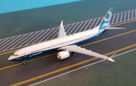 PH11486 | Phoenix 1:400 | Boeing 737-900max House Colours N7379E