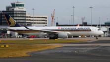 PH04217 | Phoenix 1:400 | Airbus A350-900 Singapore 9V-SMI | is due: November 2018