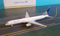 NG53041 | NG Model 1:400 | Boeing 757-200 United N17128