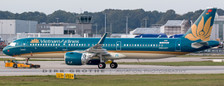 XX2248 | JC Wings 1:200 | Airbus A321neo  Vietnam Airlines VN-A616 (with stand) | is due: November 2018