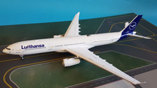 JF-A330-004 | JFox Models 1:200 | Airbus A330-343 Lufthansa D-AIKI (with stand)