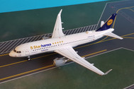 JF-A320-012 | JFox Models 1:200 | Airbus A320 5 starhansa D-AIZX (with stand)