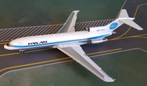 IF721PA01   InFlight200 1:200   Boeing 727-100 Pan Am N356PA,'Ltd120' (with stand)