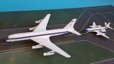 WBEPTK0102 | InFlight200 1:200 | Convair 880 N880EP and Lockheed L-1329 Jetstar N777EP including stands