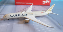 532976 | Herpa Wings 1:500 | Boeing 787-9 Gulf Air A9C-FA