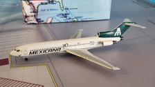 AC419374 | Aero Classics 1:400 | Boeing 727-200 Mexicana XA-MXD
