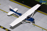 GGCES007 | Gemini General Aviation 1:72 | Cessna 172 Sporty's Flying School N1215A