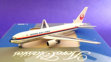 AC419442 | Aero Classics 1:400 | Boeing 767-200 JAL old colours JA8233