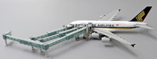 LH4136 | JC Wings 1:400 | Airport Accessories - Air Passenger Bridge set for A380