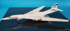 559867 | Herpa Wings 1:200 1:200 | Tupolev Tu-160 Blackjack Russian Air Force RF-94105 (die-cast with stand)