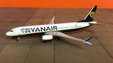 AC419504 | Aero Classics 1:400 | Boeing 737-8MAX Ryan Air EI-HAT