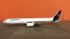 AC419499 | Aero Classics 1:400 | Airbus A330-300 Lufthansa D-AIKO,'New colours'