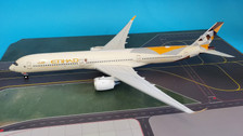 IF350EY0619 | InFlight200 1:200 | Airbus A350-1000 Etihad A6-XWB (with stand)