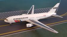 AC419565 | Aero Classics 1:400 | Boeing 767-200 SAS Scandinavian LN-RCC