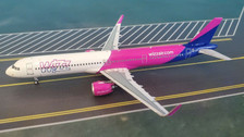 PM19014 | Panda Models 1:400 | Airbus A321neo Wizz Air HA-LVB