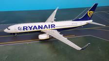 JF7378006 | JFox Models 1:200 | Boeing 737-800 RyanAir EI-FOC (with stand) | is due: June 2019