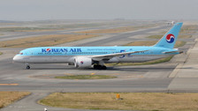 PH404276 | Phoenix 1:400 | Boeing 787-9B5 Korean Air HL8082,'50th Anniversary logo' | is due:July 2019