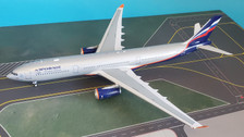 IF333SU0719 | InFlight200 1:200 | Airbus A330-300 Aeroflot VP-BDE (with stand)